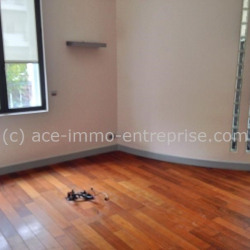 Location Bureau Nice 225 m²