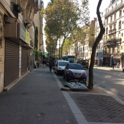 Location Local commercial Paris 18ème 131 m²