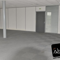 Location Bureau Nogent-le-Phaye 98 m²