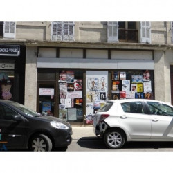 Location Local commercial Avignon 52,39 m²