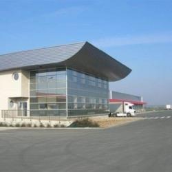 Location Entrepôt Saint-Barthélemy-d'Anjou 5879 m²