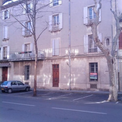 Location Local commercial Nîmes 71,32 m²