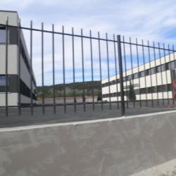 Location Bureau Éguilles 93 m²