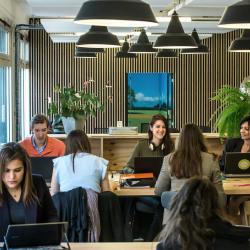 Location Bureau Issy-les-Moulineaux 700 m²