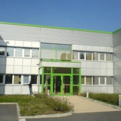 Location Bureau Castelnau-d'Estrétefonds 140 m²