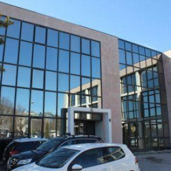 Location Bureau Aix-en-Provence 56 m²