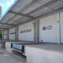 Location Entrepôt Saint-Genis-Pouilly 1142 m²