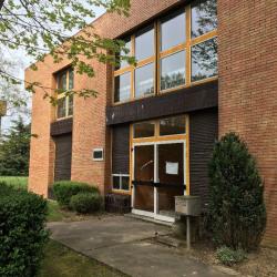Vente Bureau Montigny-le-Bretonneux 883 m²