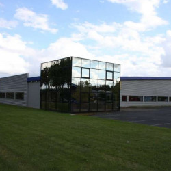Vente Local commercial Tauxigny 3126 m²