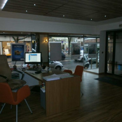 Location Local commercial Le Raincy 220 m²