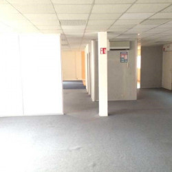 Location Bureau Vitrolles 268 m²