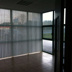 Location Local commercial Esvres 400 m²
