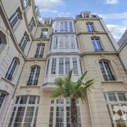 Location Bureau Paris 8ème 2303 m²