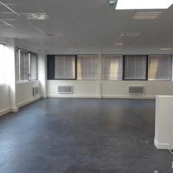 Location Local d'activités Bois-d'Arcy 754 m²