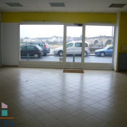 Location Local commercial Gien 105 m²