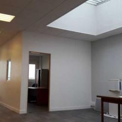 Vente Bureau Buc 70 m²