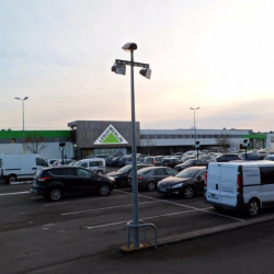 Location Local commercial Le Mans 890 m²