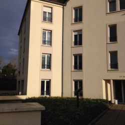 Location Bureau Melun 255 m²