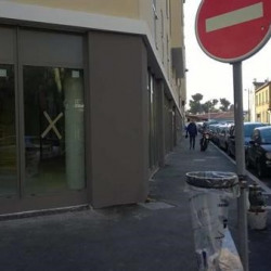 Vente Local commercial Marseille 5ème 128 m²
