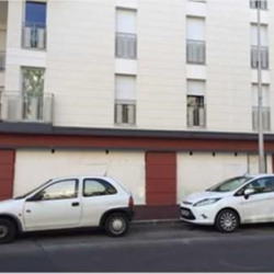 Location Local commercial Tremblay-en-France 95 m²