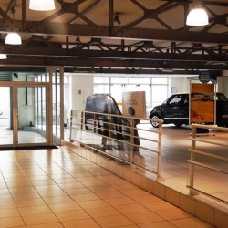 Location Local commercial Saint-Ouen 1525 m²