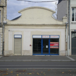 Location Local commercial Nevers 173 m²