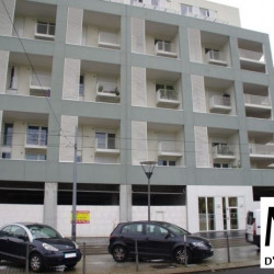 Location Local commercial Lyon 8ème 209 m²