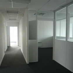 Location Bureau Le Petit-Quevilly 175 m²