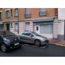 Location Local commercial Saint-Ouen 90 m²