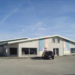 Location Local commercial Pontarlier 1130 m²