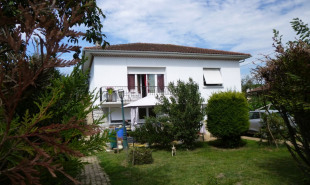 vente Maison / Villa 6 pièces Vic-en-Bigorre