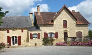 vente Maison / Villa 17 pièces Salignac Eyvigues