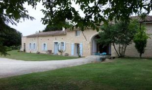vente Maison / Villa 7 pièces Montendre
