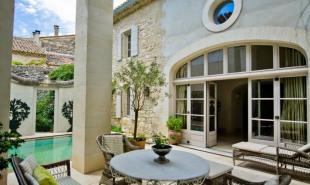 vente de prestige Maison / Villa 15 pièces Uzes