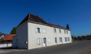 vente Maison / Villa 10 pièces La Chapelle-Saint-Sauveur