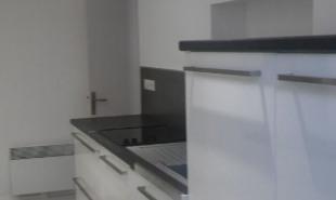 location Appartement 3 pièces St Mitre les Remparts