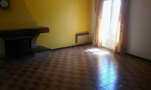 location Appartement 2 pièces St Mitre les Remparts