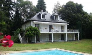 vente Maison / Villa 7 pièces Pau