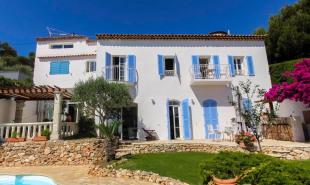 location Maison / Villa 5 pièces Villefranche sur Mer
