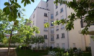 location Appartement 4 pièces Lyon 8ème