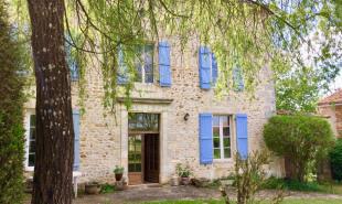 vente Maison / Villa 14 pièces Charras