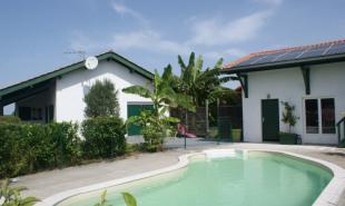 vente Maison / Villa 6 pièces Bidache