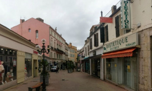 location Local commercial Hyeres