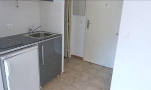 location Appartement 1 pièce 13100