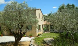 produit d'investissement Maison / Villa 6 pièces Saint-Maximin-la-Sainte-Baume