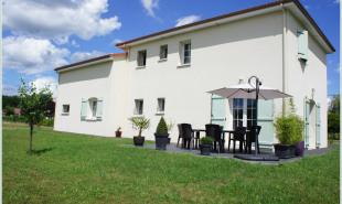 vente Maison / Villa 9 pièces Lezoux