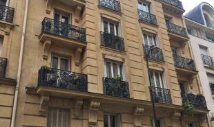location Appartement 4 pièces Paris 18ème