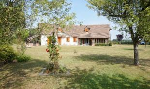 vente Maison / Villa 8 pièces Noyers