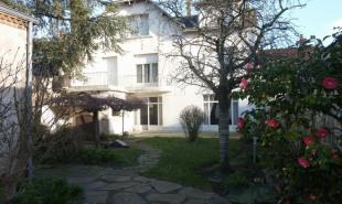 vente Maison / Villa 11 pièces Le May-sur-Èvre