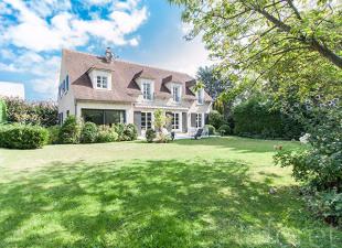 vente Maison / Villa 9 pièces La Celle Saint Cloud